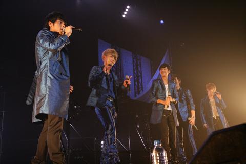 「CODE-V Major Debut Live Tour~君がくれたもの~」ライブ衣装 プラン
