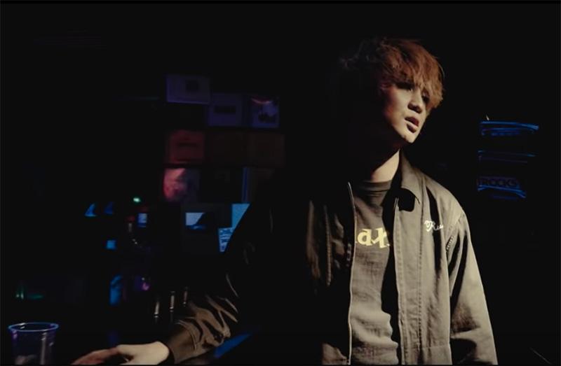 「CryCryCry」MV撮影時着用Tシャツ