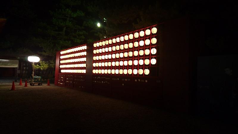 夜の提灯2800pix.jpg