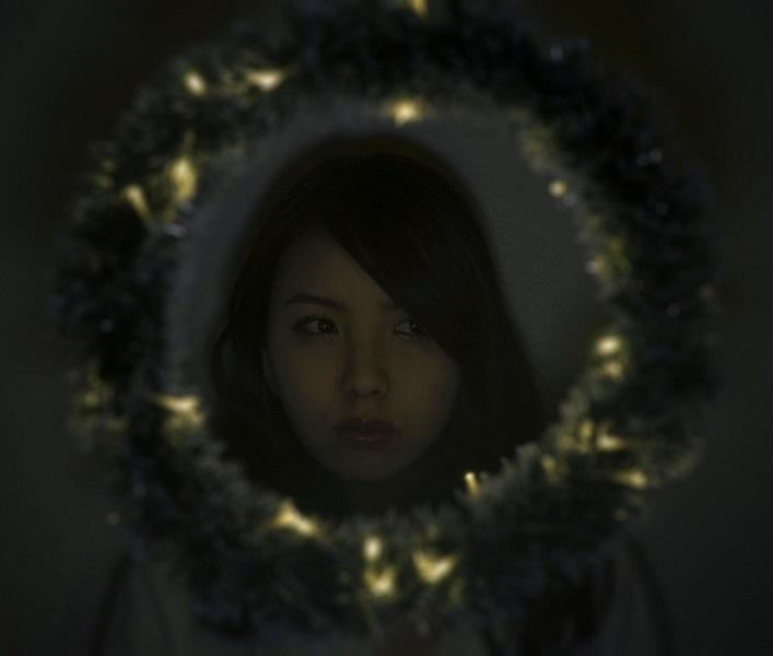 植田真衣アー写(新)_800.jpg
