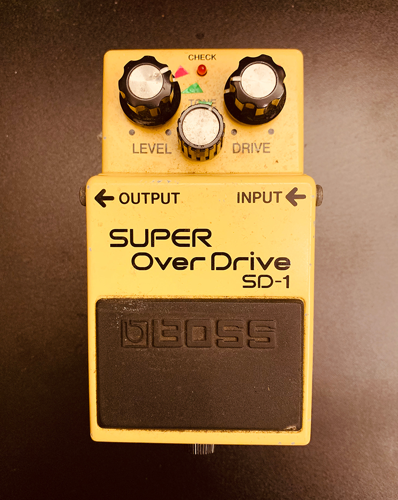谷口鮪 サイン入りエフェクター(BOSS Super Overdrive SD-1)